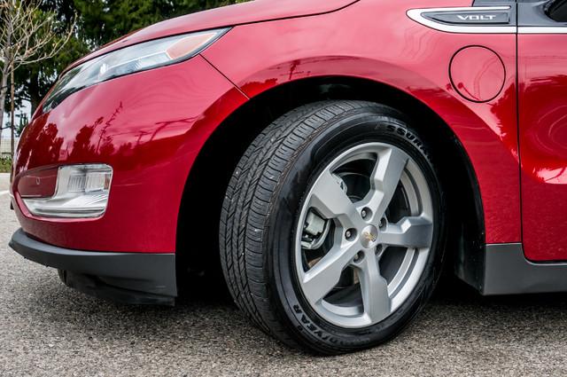2013 Chevrolet Volt PREMIUM - 19K MILES - NAVI - LHTR -HTD STS Reseda, CA 13