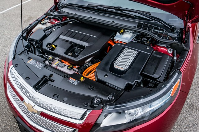 2013 Chevrolet Volt PREMIUM - 19K MILES - NAVI - LHTR -HTD STS Reseda, CA 46