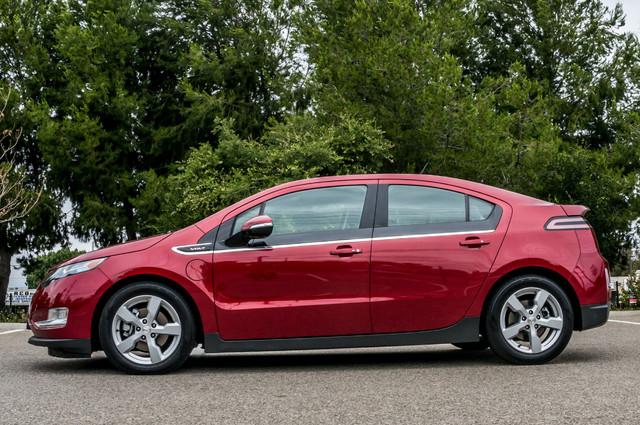 2013 Chevrolet Volt PREMIUM - 19K MILES - NAVI - LHTR -HTD STS Reseda, CA 5