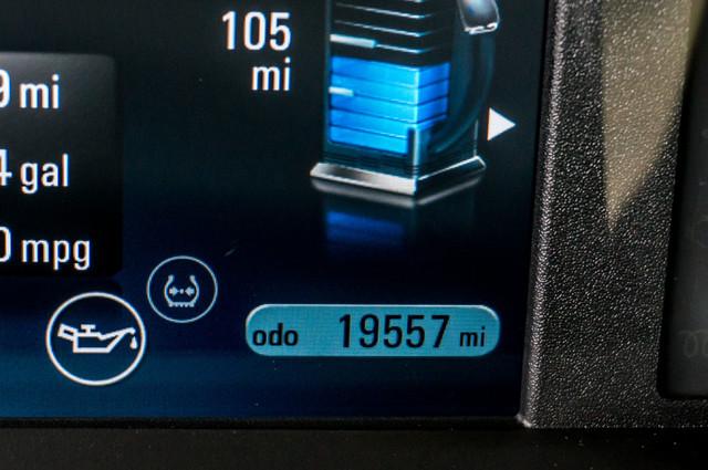 2013 Chevrolet Volt PREMIUM - 19K MILES - NAVI - LHTR -HTD STS Reseda, CA 17