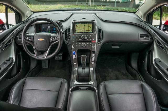 2013 Chevrolet Volt PREMIUM - 19K MILES - NAVI - LHTR -HTD STS Reseda, CA 24