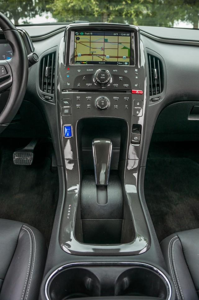 2013 Chevrolet Volt PREMIUM - 19K MILES - NAVI - LHTR -HTD STS Reseda, CA 29