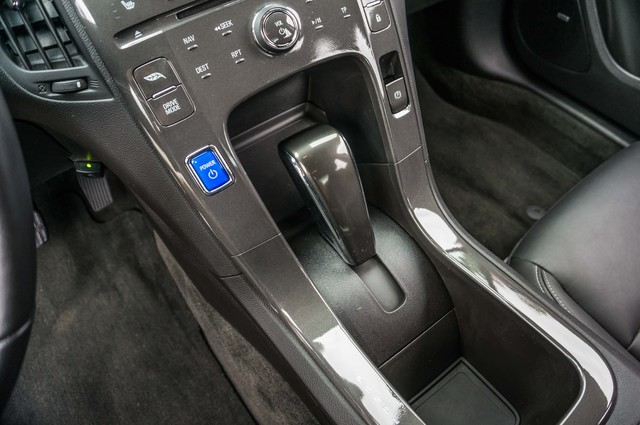 2013 Chevrolet Volt PREMIUM - 19K MILES - NAVI - LHTR -HTD STS Reseda, CA 36