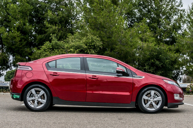 2013 Chevrolet Volt PREMIUM - 19K MILES - NAVI - LHTR -HTD STS Reseda, CA 6