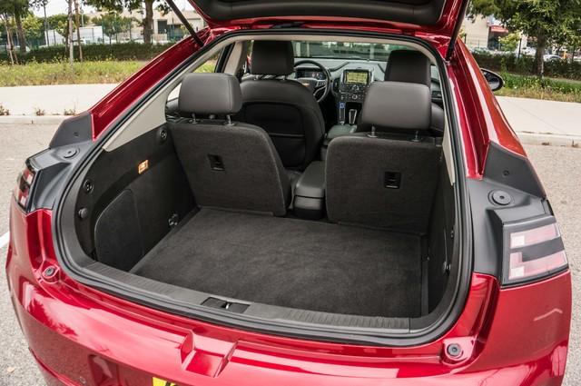 2013 Chevrolet Volt PREMIUM - 19K MILES - NAVI - LHTR -HTD STS Reseda, CA 11
