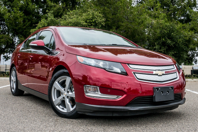 2013 Chevrolet Volt PREMIUM - 19K MILES - NAVI - LHTR -HTD STS Reseda, CA 54