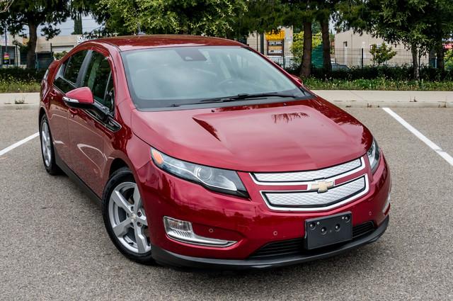 2013 Chevrolet Volt PREMIUM - 19K MILES - NAVI - LHTR -HTD STS Reseda, CA 52