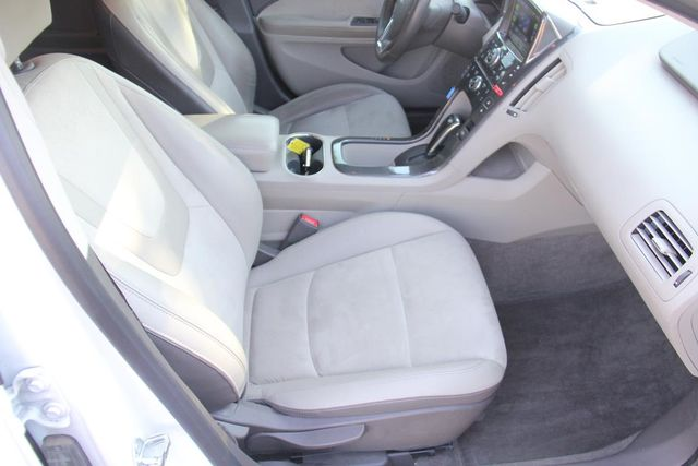 2013 Chevrolet Volt Santa Clarita, CA 14