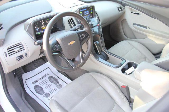 2013 Chevrolet Volt Santa Clarita, CA 8