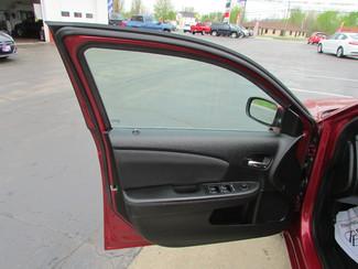 2013 Chrysler 200 Touring Fremont, Ohio 5