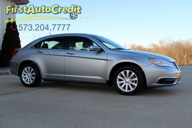 2013 Chrysler 200 Touring | Jackson , MO | First Auto Credit in Jackson  MO