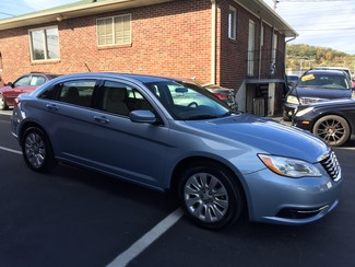 2013 Chrysler 200 LX Knoxville , Tennessee