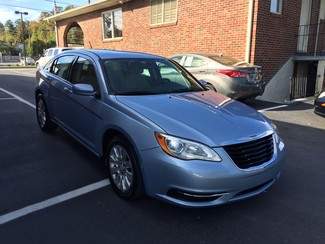 2013 Chrysler 200 LX Knoxville , Tennessee 1