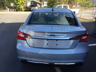 2013 Chrysler 200 LX Knoxville , Tennessee 38