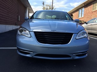 2013 Chrysler 200 LX Knoxville , Tennessee 3