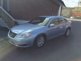 2013 Chrysler 200 LX Knoxville , Tennessee 8