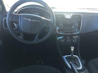 2013 Chrysler 200 LX AUTOWORLD (702) 452-8488 Las Vegas, Nevada 6