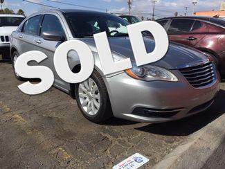 2013 Chrysler 200 Touring AUTOWORLD (702) 452-8488 Las Vegas, Nevada