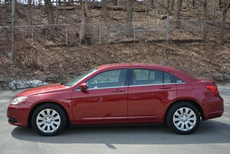 2013 Chrysler 200 LX Naugatuck, Connecticut 1