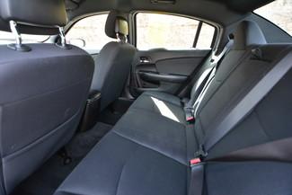2013 Chrysler 200 LX Naugatuck, Connecticut 14