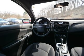 2013 Chrysler 200 LX Naugatuck, Connecticut 15
