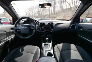 2013 Chrysler 200 LX Naugatuck, Connecticut 16
