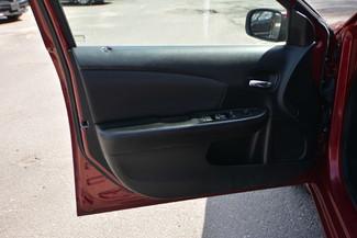 2013 Chrysler 200 LX Naugatuck, Connecticut 18