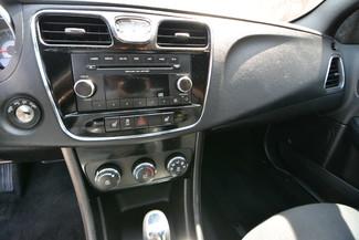 2013 Chrysler 200 LX Naugatuck, Connecticut 21
