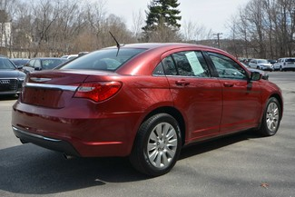 2013 Chrysler 200 LX Naugatuck, Connecticut 4