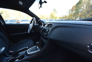 2013 Chrysler 200 Touring Naugatuck, Connecticut 8