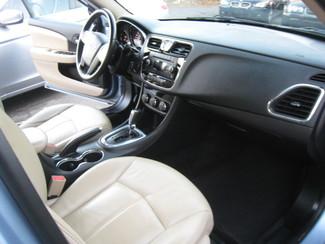 2013 Chrysler 200 Limited New Brunswick, New Jersey 15
