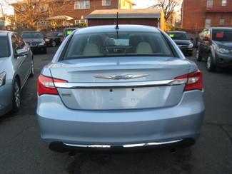 2013 Chrysler 200 Limited New Brunswick, New Jersey 6