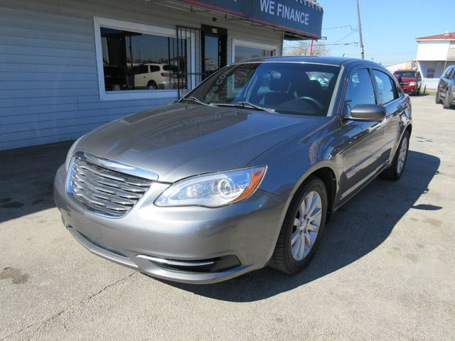2013 Chrysler 200 , PRICE SHOWN IS ASKING DOWN PAYMENT south houston, TX 0