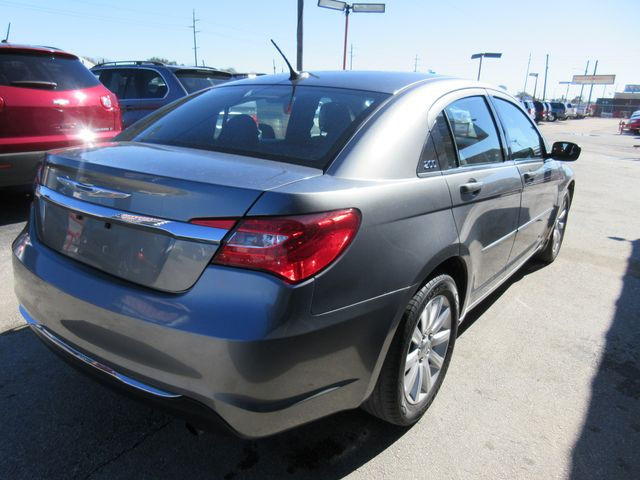 2013 Chrysler 200 , PRICE SHOWN IS ASKING DOWN PAYMENT south houston, TX 4