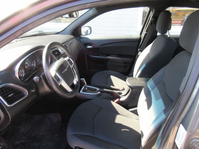 2013 Chrysler 200 , PRICE SHOWN IS ASKING DOWN PAYMENT south houston, TX 7