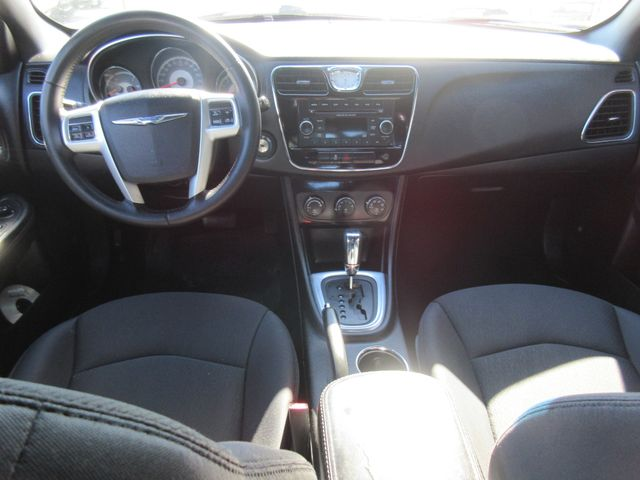 2013 Chrysler 200 , PRICE SHOWN IS ASKING DOWN PAYMENT south houston, TX 8