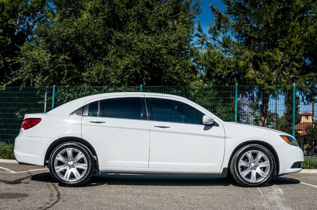 2013 Chrysler 200 Touring - AUTO - 85K MILES - ALLOY WHEELS Reseda, CA 5