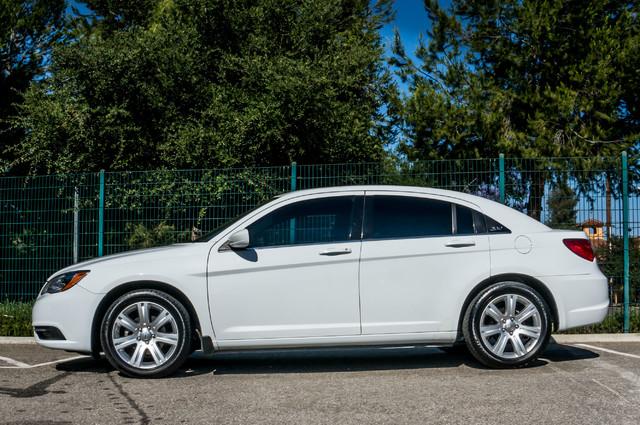 2013 Chrysler 200 Touring - AUTO - 85K MILES - ALLOY WHEELS Reseda, CA 4