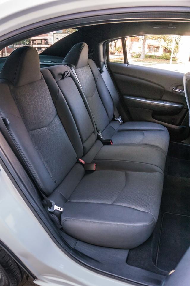 2013 Chrysler 200 Touring - AUTO - 85K MILES - ALLOY WHEELS Reseda, CA 33