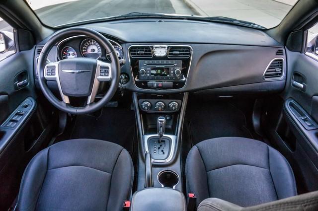 2013 Chrysler 200 Touring - AUTO - 85K MILES - ALLOY WHEELS Reseda, CA 16