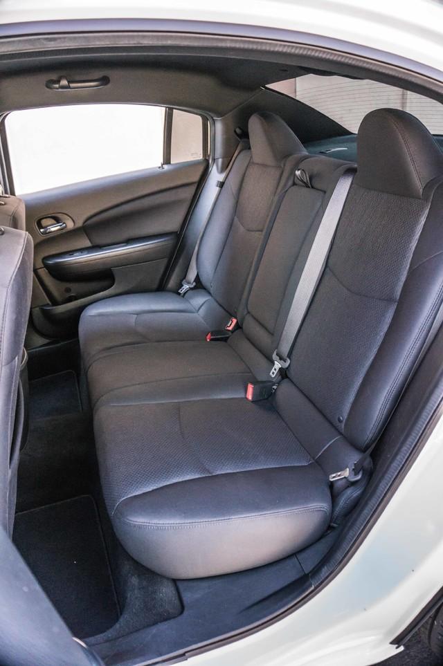2013 Chrysler 200 Touring - AUTO - 85K MILES - ALLOY WHEELS Reseda, CA 19