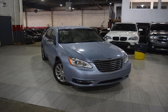2013 Chrysler 200 Limited Richmond Hill, New York 1
