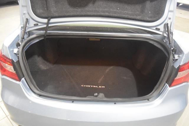 2013 Chrysler 200 Limited Richmond Hill, New York 13