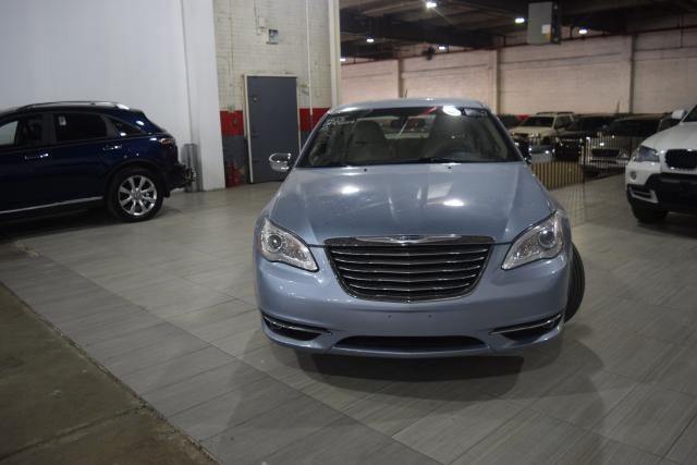 2013 Chrysler 200 Limited Richmond Hill, New York 2