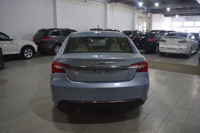 2013 Chrysler 200 Limited Richmond Hill, New York 3
