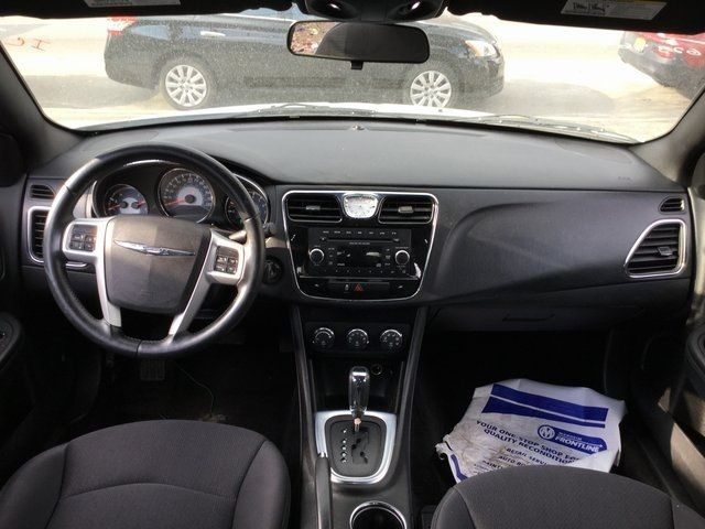 2013 Chrysler 200 Touring Richmond Hill, New York 16