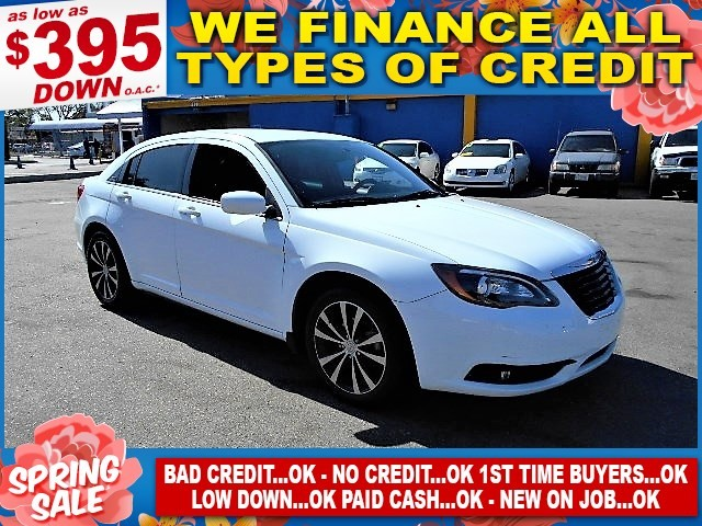 2013 Chrysler 200 Touring Limited warranty included to assure your worry-free purchase AutoCheck