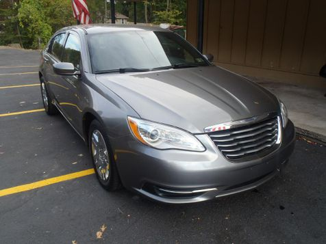 2013 Chrysler 200 LX in Shavertown