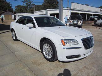 2013 Chrysler 300 Houston, Mississippi 1