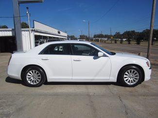 2013 Chrysler 300 Houston, Mississippi 2